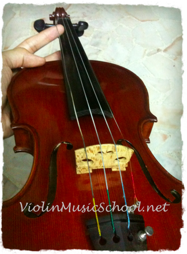 Change Violin Strings G String loose